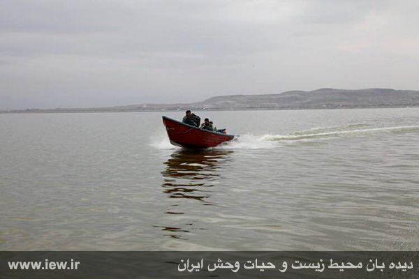 950123 daryache 1 دسترسی به جزایر دریاچه ارومیه بوسیله قایق میسر شد + تازه ترین و جدیدترین تصاویر دریاچه